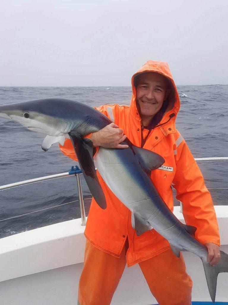 Brian Clarke mit einem Blauhai um die 60lbs